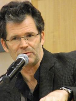 Andre Dubus III, by Wes Washington (Own work) [CC-BY-SA-3.0 (http://creativecommons.org/licenses/by-sa/3.0)], via Wikimedia Commons