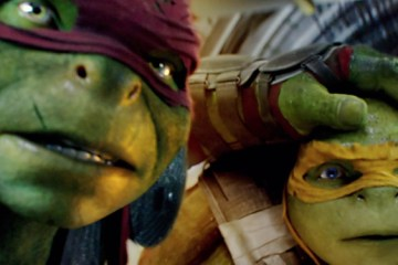 Mikey and Raph seem a tad surprised in this screenshot from Teenage Mutant Ninja Turtles: Out of the Shadows. Is Turtle Mania nearing its end once again? Source: Paramount Pictures.