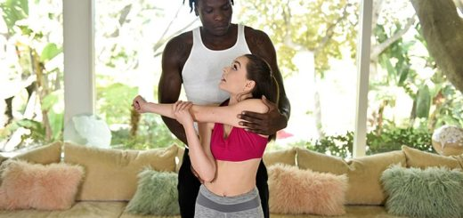 Tiny teen tempting the personal trainer