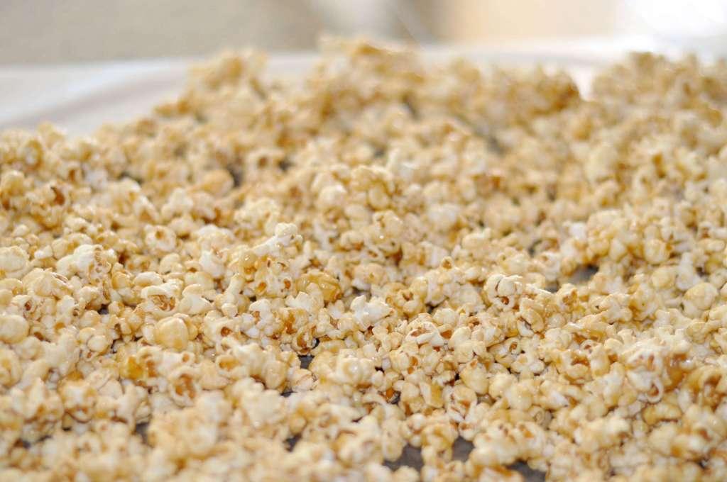 Microwave Caramel Popcorn www.TeepeeGirl.com