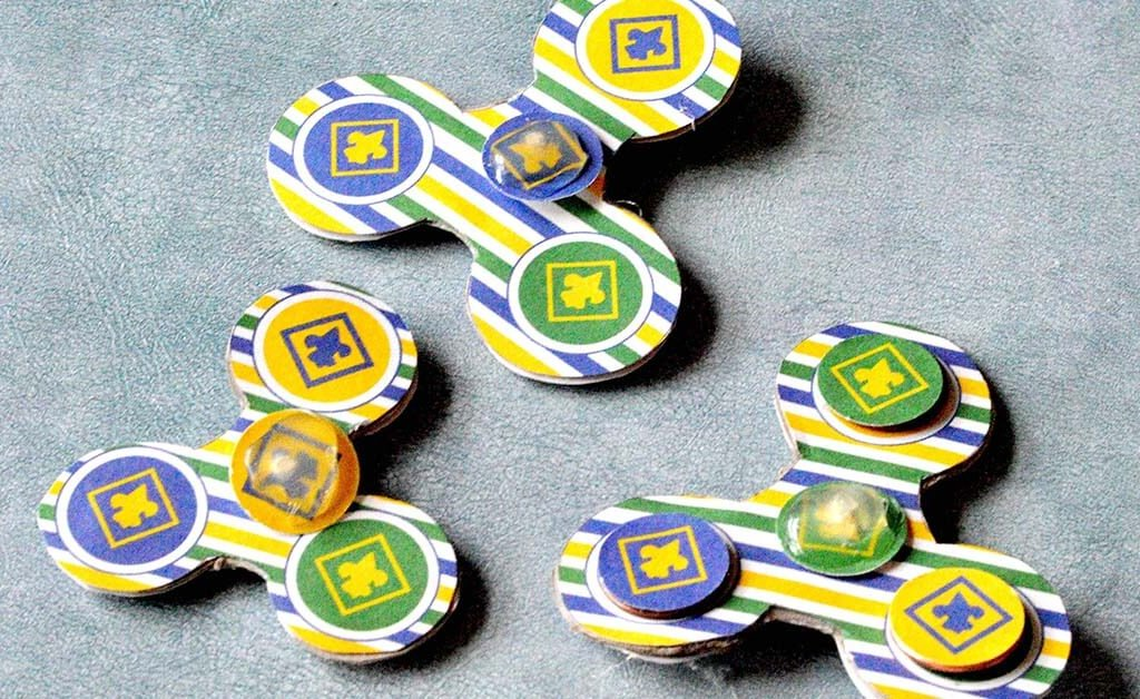 This Cub Scout DIY Fidget Spinner is the perfect craft activity or gift for all the cub scouts out there. Make these fidget spinners in den meetings or give them as gifts. Get it today at www.TeepeeGirl.com