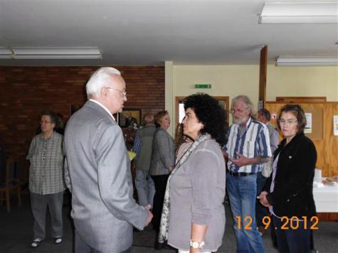 Reinhard Goepfert mit Frau Wulffhorst vom SPDI