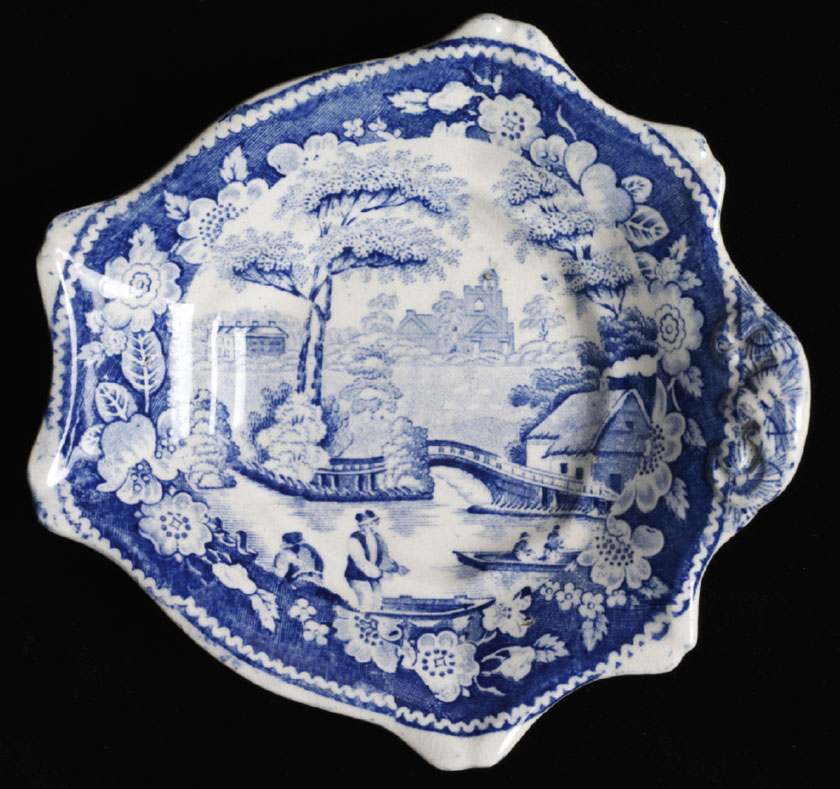 Pickle Dish by Middlesbrough Pottery in the Victoria and Albert Museum Collection
