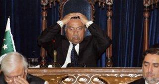 Musharraf Pulling his Hair