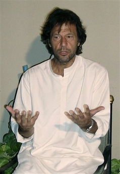 Imran Khan Pictures after release in DG Khan