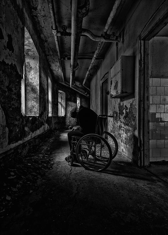 (Dark Times)_768