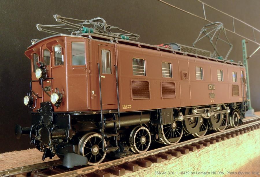 087 fig2 SBB Ae 3/6 II HO-096 by Lemaco. Photo Øyvind Teig
