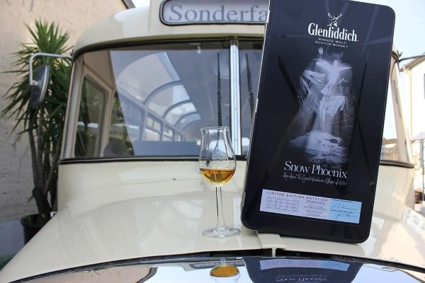 Whisky-Nostalgie-Tour Bus