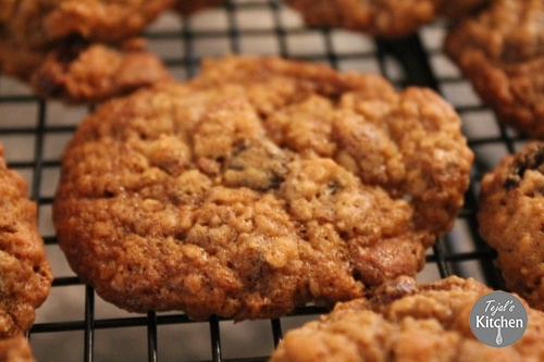 Oat Bran Fruit Chocolate Cookies