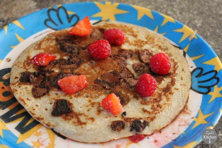 Banana Oat Pancakes with Chocolate & Berries