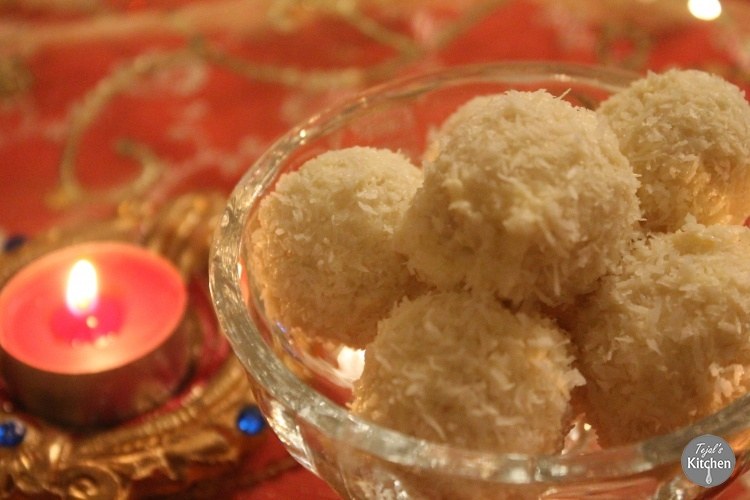 Coconut Ladoo (Ladva)