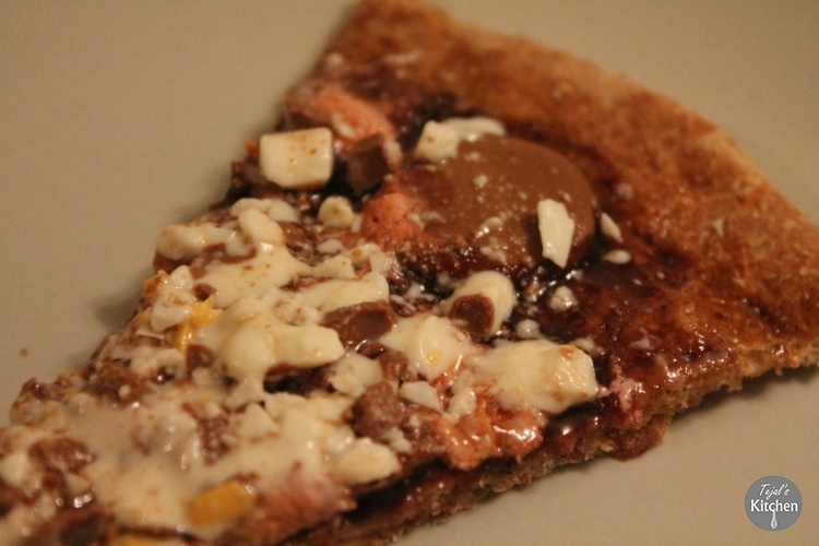 Sweet Chocolate Pizza