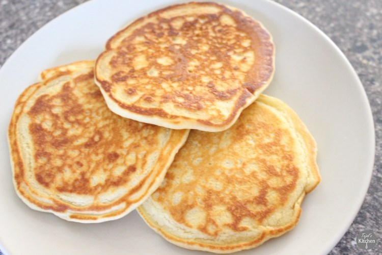 Eggless Fluffy Pancakes