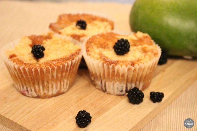 Mango Blackberry Cumble Muffins