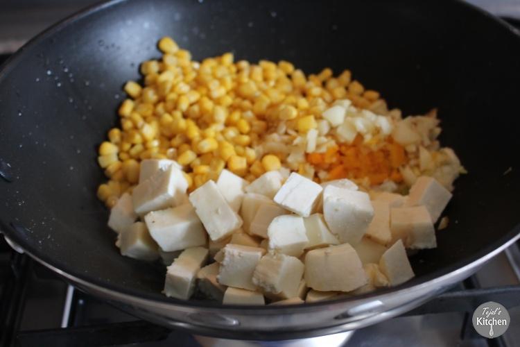 Paneer Potato Sweetcorn Curry Ball