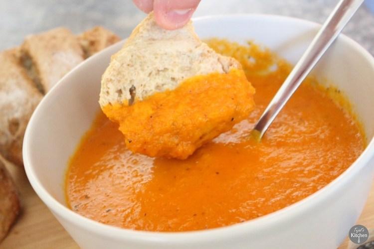 Sunflower Wholemeal Bread & Carrot Pepper Tomato Soup