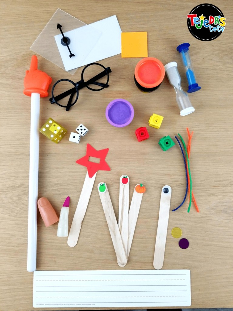 These are must-have tools for guided reading in kindergarten and first grade! I keep drawers with my fun tools to keep kids engaged throughout guided reading lessons. Can you guess what's in the drawers? Read this post to find out some new, exciting ways to use materials you likely already have in your classroom! #tejedastots #guidedreading