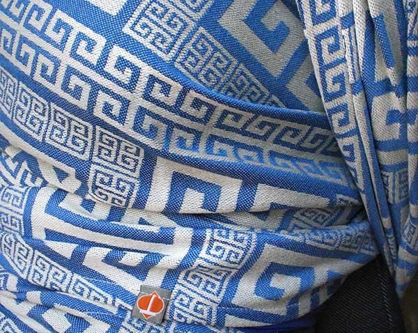 meandros-santorini-closeup