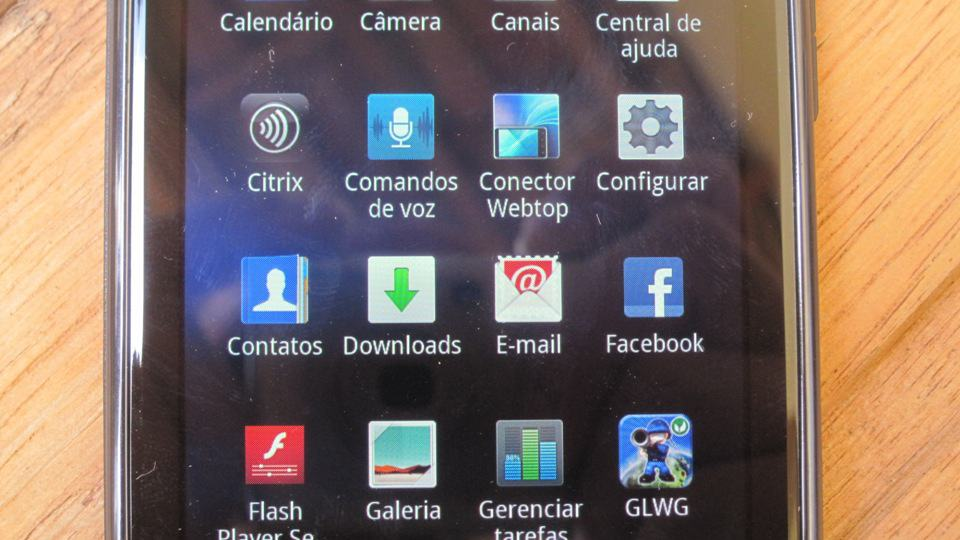 Review Motorola Razr - agua