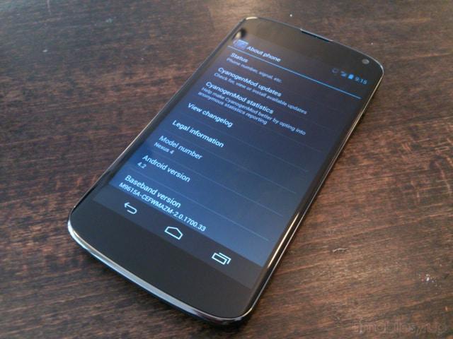 CyanogenMod 11 Nexus 4