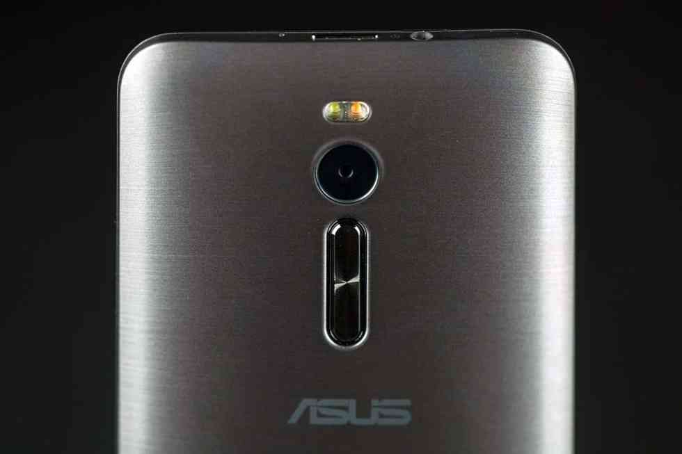 asus-zenfone-2-review-camera-lens