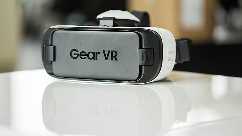 GearVR-w782-w782