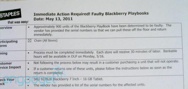 staples blackberry playbook engadget RIM hatalı olan bin kadar BlackBerry PlayBook tableti geri çağırdı