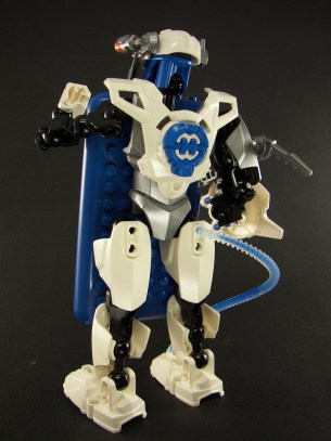 backside blue ipod touch bionicle robot
