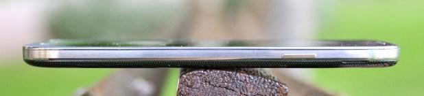 Samsung Galaxy S4 - lado derecho
