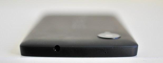Google Nexus 5 - arriba
