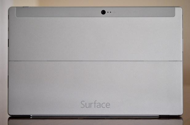 Microsoft Surace 2 - Atras