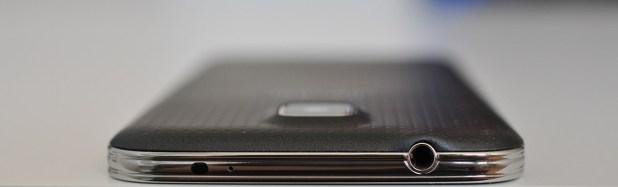 Samsung Galaxy S5 - Arriba