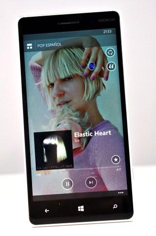 Nokia Lumia 830 - MixMusica