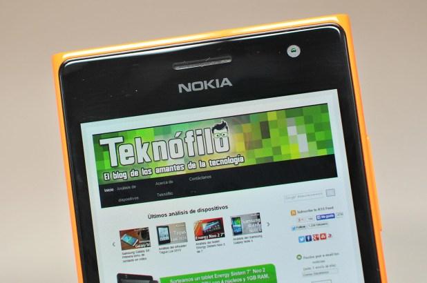 Nokia Lumia 735 - 6