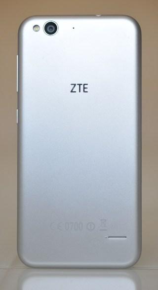 ZTE Blade S6 - atras