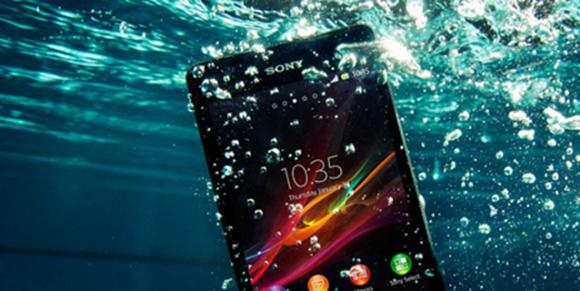 Suya Düşen Telefon Nasıl Kurtarılır  ? Neler Yapılmalıdır ?
