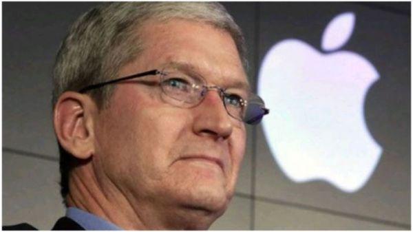 Apple riduce lo stipendio di Tim Cook a causa frenata iPhone