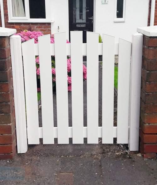 Plastic Gate Slatted