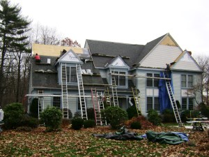 Tekroof is a roofing company in the MetroWest, MA that you can depend on. All your residential and commercial roofing services.