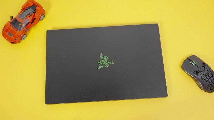 sim racing gaming laptop
