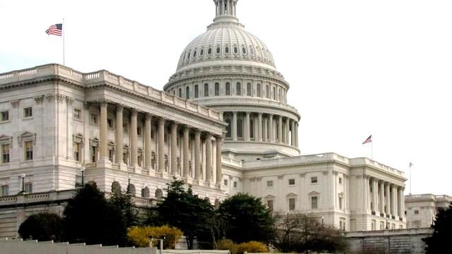 La oposición republicana en el Senado dejó atrás un esquema de acuerdo bipartidario para detener la mayor reforma electoral en décadas.