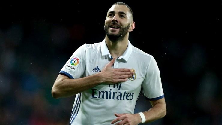 Benzema, de 33 años y que suma 261 goles en el Real Madrid.