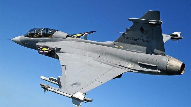 El Tratado permite a observadores militares realizar vuelos de vigilancia aérea para obtener imágenes de movimientos de tropas y buques, desde Canadá a Siberia.