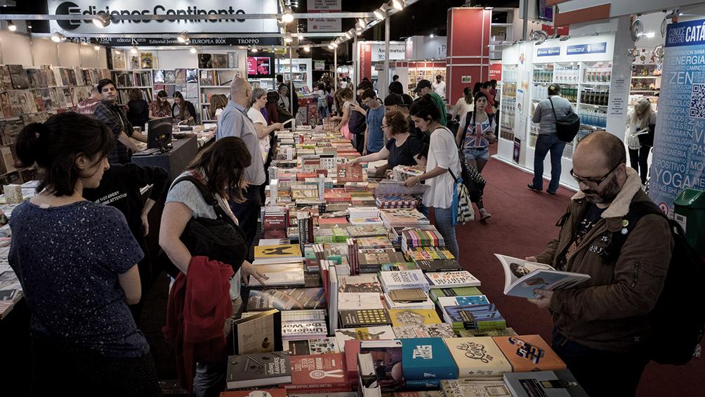 5ccf097b443ac - Comprar libros en tiempos de crisis: qué y cómo buscan los lectores en la feria