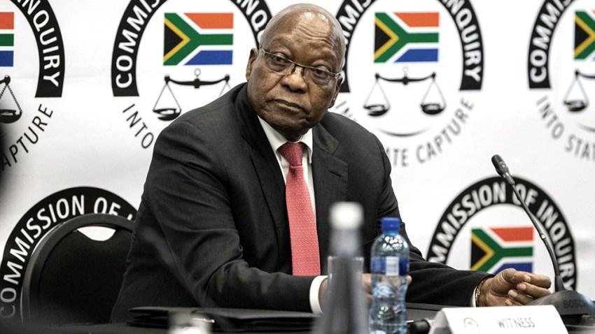 Jacob Zuma (79) se vio obligado a dimitir en febrero de 2018, un año antes del fin de su mandato, a instancias de su partido Congreso Nacional Africano (ANC) en medio de acusaciones de malversación de fondos públicos.