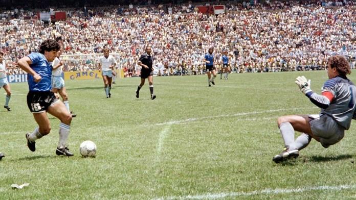 Segundo gol de Maradona frente a Inglaterra