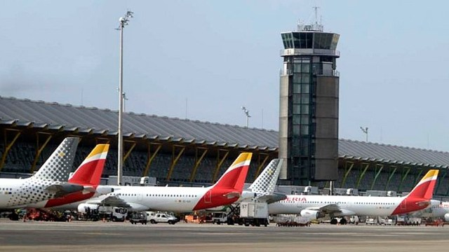 España impondrá una cuarentena obligatoria de diez días a los viajeros procedentes de la Argentina, Colombia, Bolivia y Namibia.
