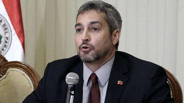 Abdo Benítez removió a tres miembros de su equipo y prometió más cambios en el Ministerio de Salud.