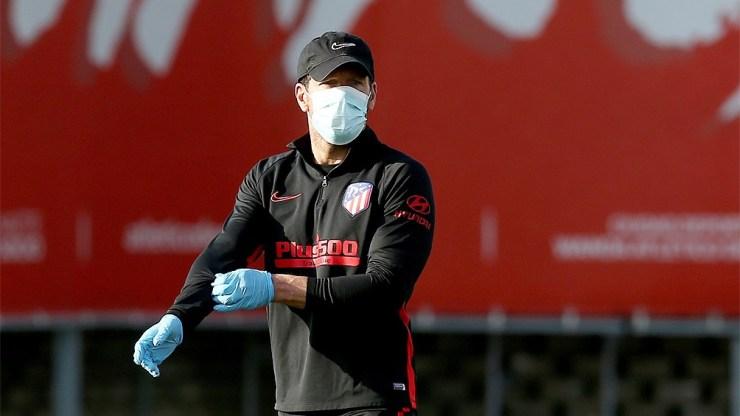 Simeone quiere tener la dupla Edinson Cavani-Luis Suárez en su equipo.