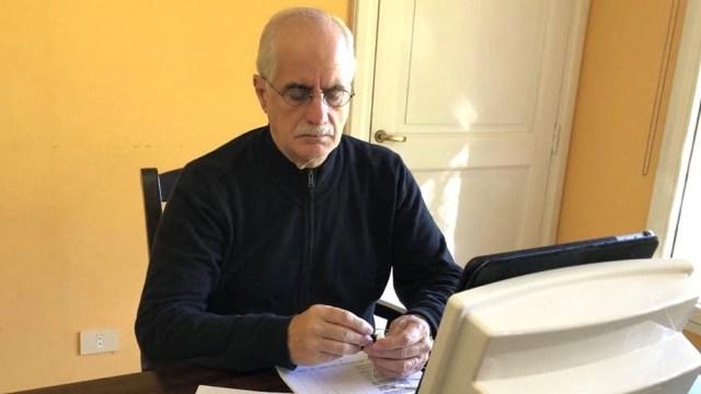 """El senador peronista Jorge Taiana se preguntó: """"¿Cómo puede ser que el Estado nacional no pueda dictar medidas sanitarias para todo el país en medio de una pandemia porque la Corte Suprema se lo impide?"""""""
